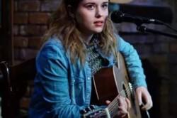 Amber Warren